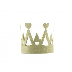 Corona de papel dorado